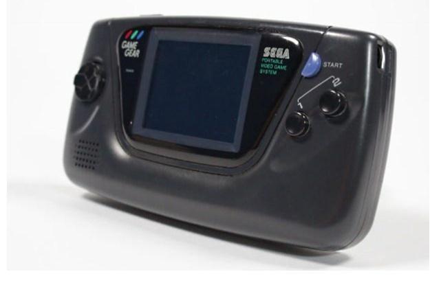 Game Gear - lepsze od iPada, szybsze od iPhone'a i smuklejsze od Galaxy SII . Hit 2012 roku /INTERIA.PL