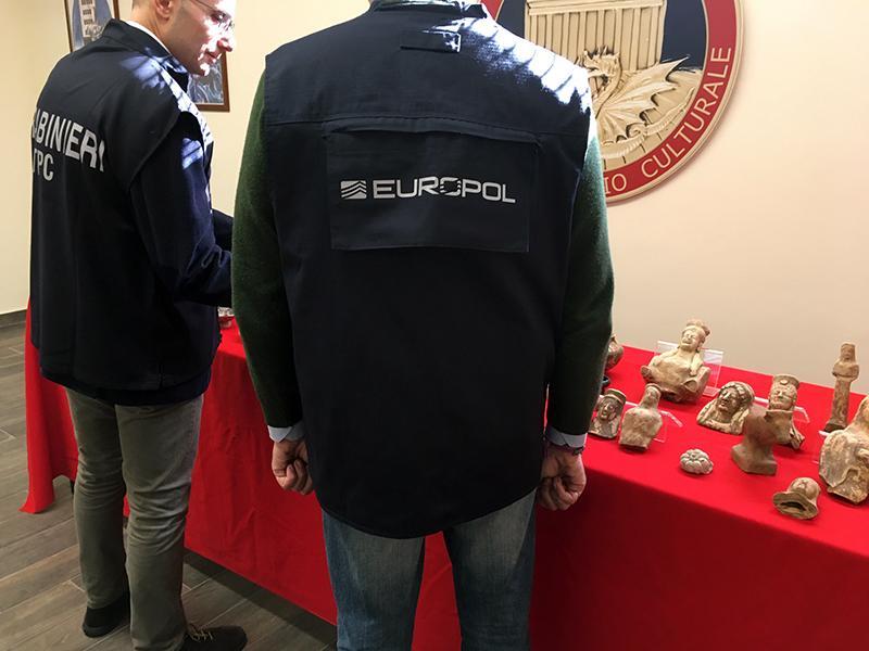 Gang działał prawdopodobnie od maja 2017 roku /foto. Europol /