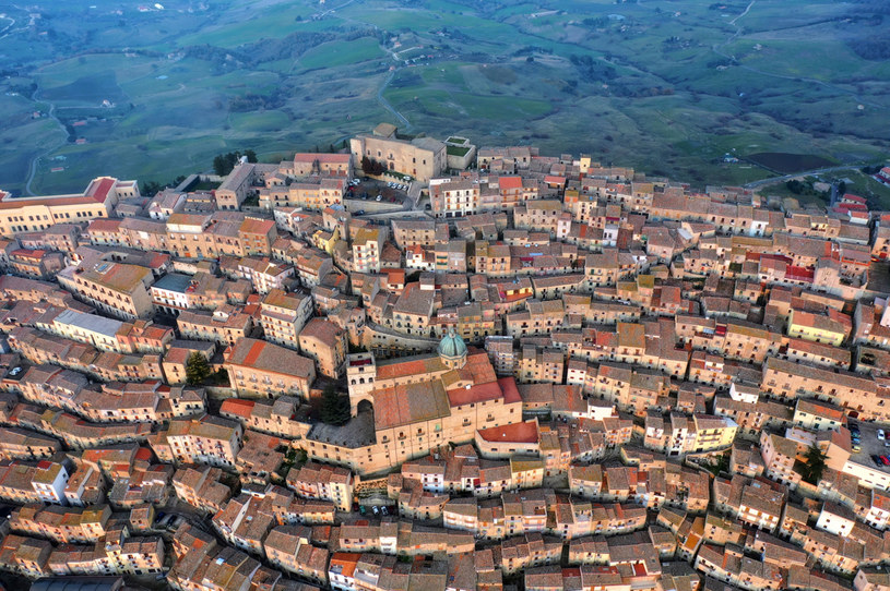 Gangi okrzyknięto najpiękniejszym miasteczkiem we Włoszech /Antonio Treccarichi/REDA&CO/Universal Images Group via Getty Images /Getty Images