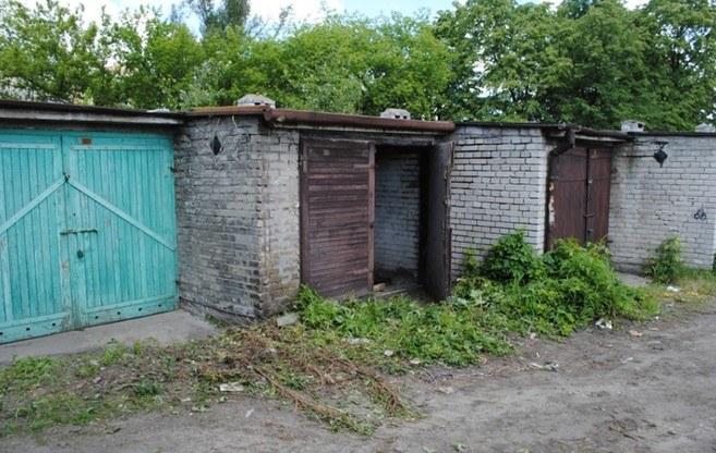 Garaż, w którym odnaleziono zwłoki kobiety /policja.pl /Policja