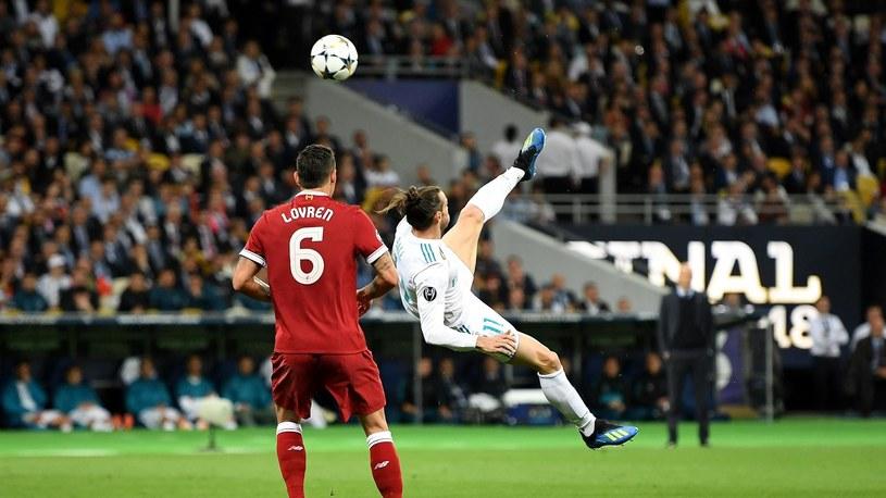 Gareth Bale strzela gola dla Realu Madryt w finale Ligi Mistrzów /Getty Images