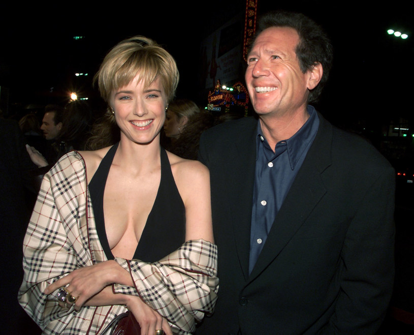 Gary Shandling w 2000 roku w towarzystwie aktorki Tei Leoni /Kevin Winter /Getty Images