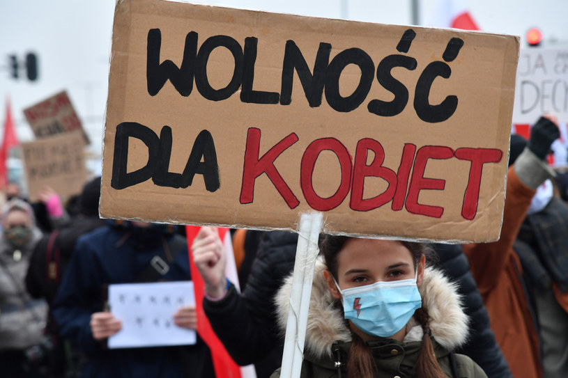 Gdańsk: Dziesiąty dzień protestów po wyroku TK ws. aborcji /Wojciech Strozyk/REPORTER /East News