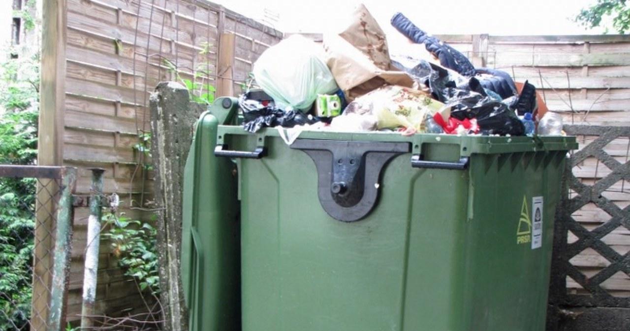 Gdańsk: Mieszkańcy boją się epidemii, bo nikt nie zabiera śmieci