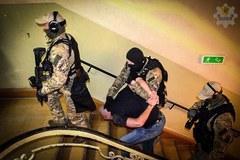 """Gdański """"król dopalaczy"""" i jego matka zostali zatrzymani 15 grudnia"""
