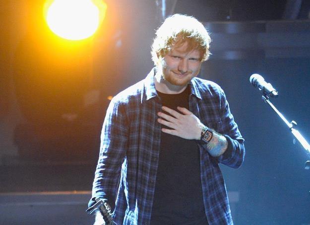 Gdy Ed Sheeran śpiewa, dziewczynom miękną kolana - fot. Kevork Djansezian /Getty Images