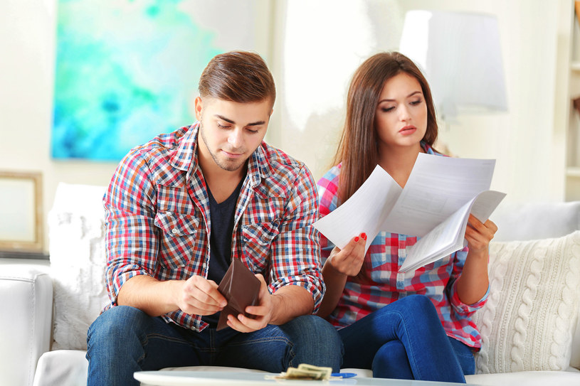 Gdy finanse są głównym powodem małżeńskich kłótni, zastanówcie się, czy ich jednak nie rozdzielić? /123RF/PICSEL