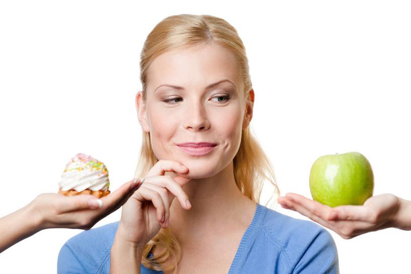 Gdy nadwaga nas zaatakowała, warto skorzystać z nowatorskich psychologicznych diet /123RF/PICSEL