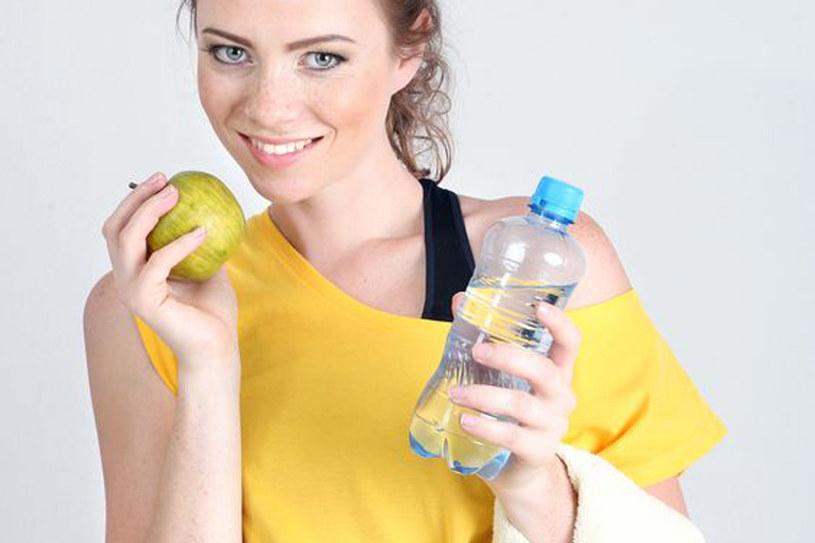 Gdy uprawiasz sport, powinnaś bardzo racjonalnie się odżywiać /123RF/PICSEL
