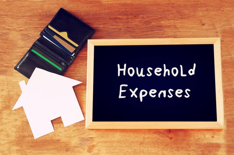Gdy wydatki rosną - pora na podjęcie odpowiednich działań /123RF/PICSEL