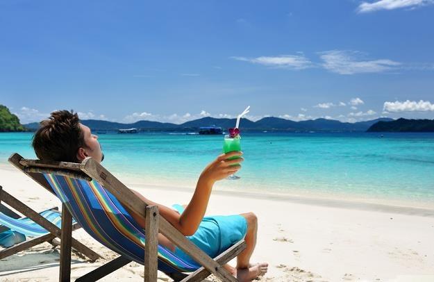 Gdy wyjeżdżamy za granicę, często kupujemy dodatkowe ubezpieczenie turystyczne /© Panthermedia