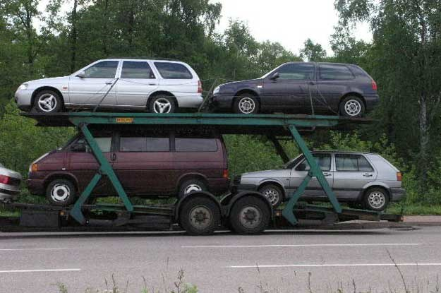 Gdyby zapytać handlarza o cechy auta, które najszybciej znajdzie klienta,  wymieni diesla /INTERIA.PL