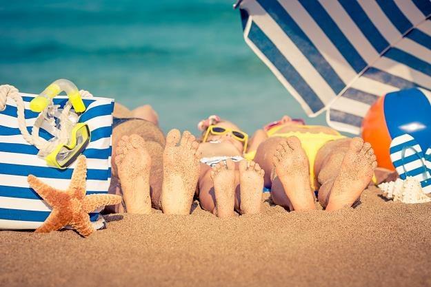 Gdzie Polacy wybierają się na wakacje i ile wydają? /©123RF/PICSEL
