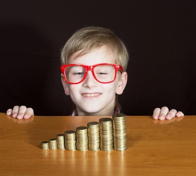 Gdzie są pieniądze z rządowych świadczeń na dzieci? /©123RF/PICSEL