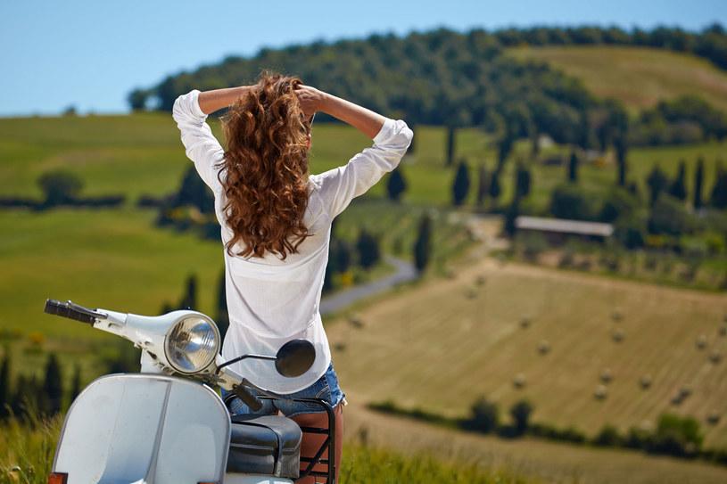 Gdziekolwiek pojedziecie, zawsze będą wam towarzyszyły wspaniałe krajobrazy /123RF/PICSEL