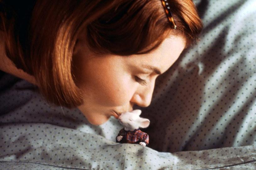 """Geena Davis w familijnym filmie Roba Minkoffa """"Stuart Malutki"""" (1999) /materiały dystrybutora"""
