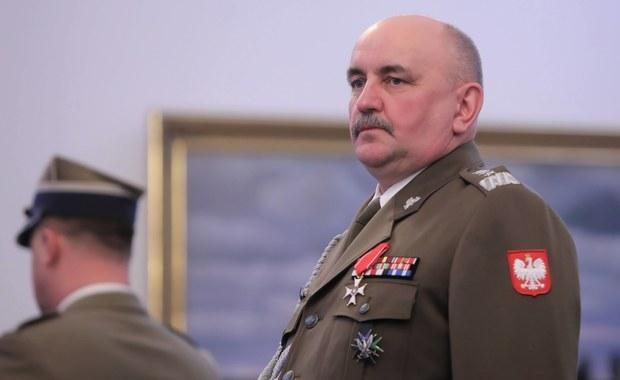 Gen. Jarosław Mika pokonał koronawirusa. Teraz oddał osocze krwi