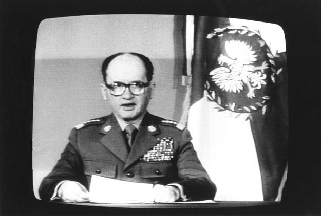 Gen. Jaruzelski ogłasza stan wojenny w Polsce /Wojtek Laski /East News