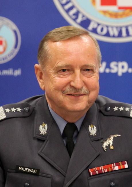 Gen. Lech Majewski /Paweł Supernak /PAP