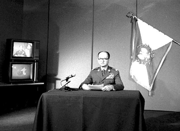 Gen. Wojciech Jaruzelski ogłasza wprowadzenie stanu wojennego /Polska Zbrojna