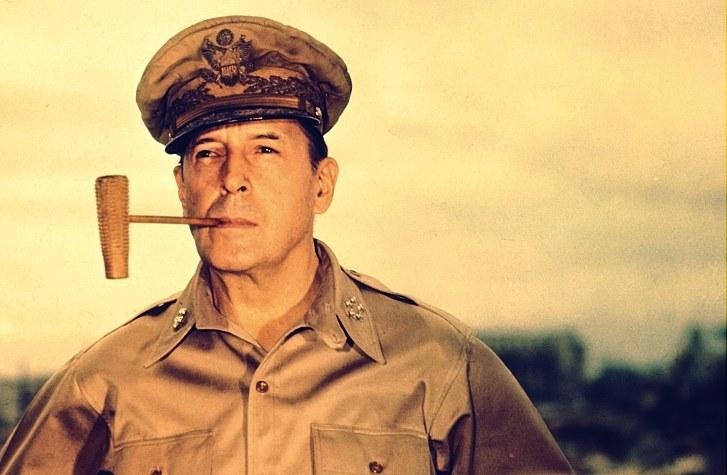 Generał Douglas MacArthur /Wikimedia Commons /INTERIA.PL/materiały prasowe