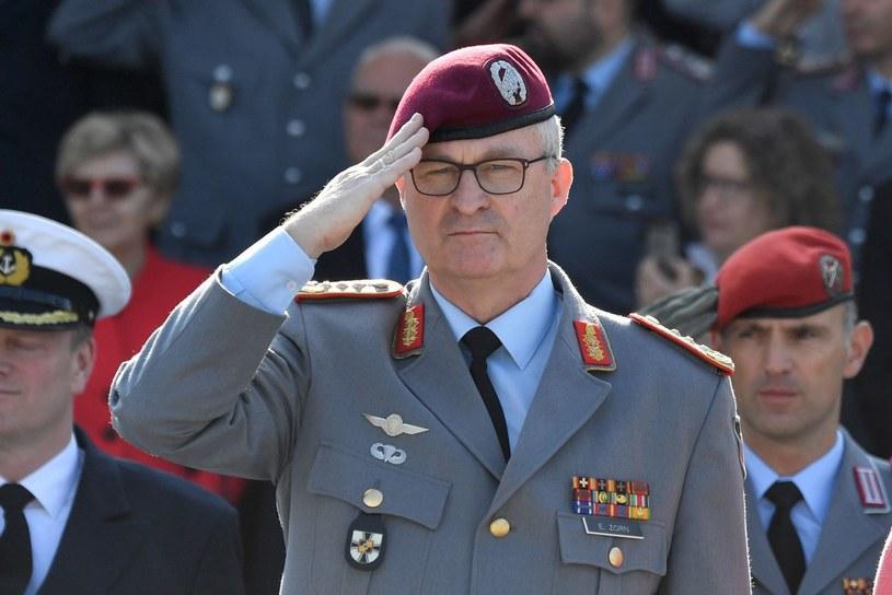 Generał Eberhard Zorn, generalny inspektor Bundeswehry /AFP