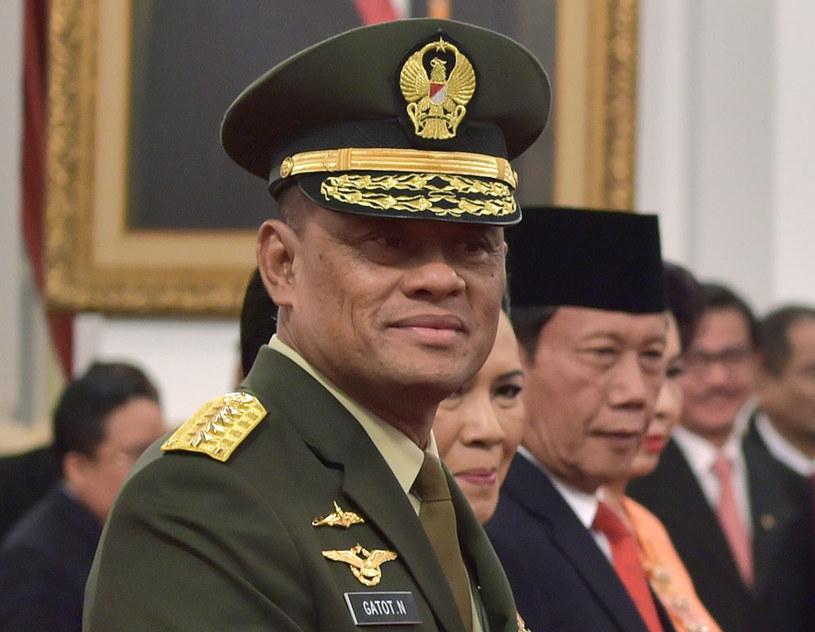 Generał Gatot Nurmantyo nie został wpuszczony na pokład samolotu lecącego do USA /ADEK BERRY /AFP