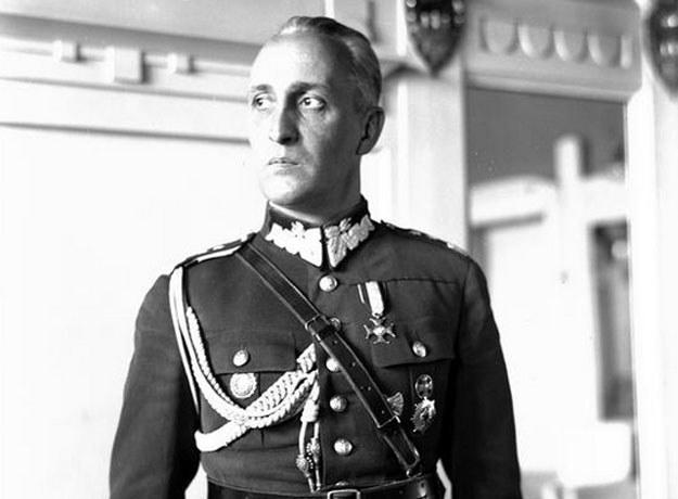 Generał Gustaw Orlicz-Dreszer. Fotografia portretowa /Z archiwum Narodowego Archiwum Cyfrowego