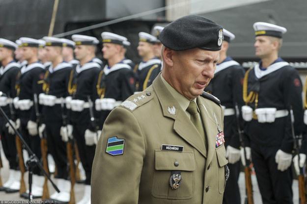 Generał Mirosław Różański: Liczebność armii jest konsekwencją nakładów finansowych /Wojciech Stróżyk /Reporter