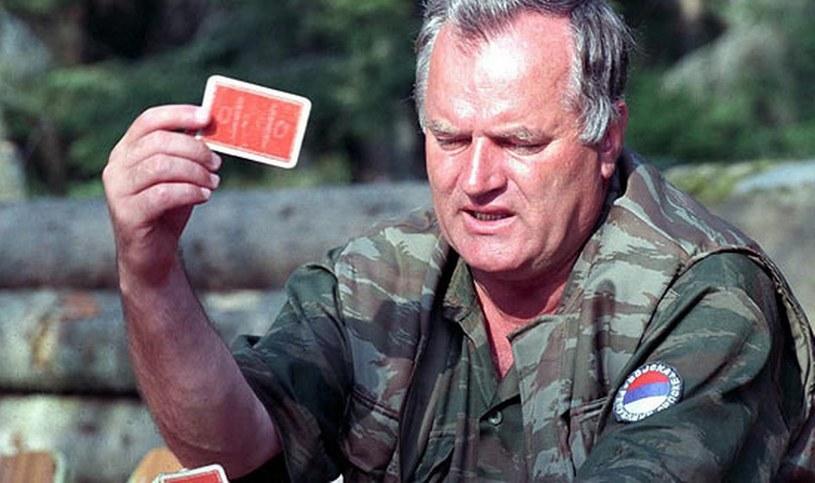 Generał Ratko Mladić - uważany za głównego inspiratora zbrodny w Srebrenicy /AFP /East News