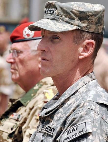 Generał Stanley McChrystal /AFP