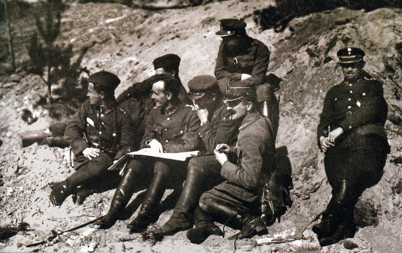 General Władysław Sikorski, narada z oficerami, sierpień 1920 /FoKa /Agencja FORUM