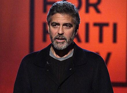 George Clooney jest niezwykle zaangażowany w pomoc dla Haitańczyków /Getty Images/Flash Press Media