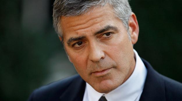 George Clooney zawsze jest niezwykle zaangażowany w tego rodzaju akcje / fot. Chip Somodevilla /Getty Images/Flash Press Media