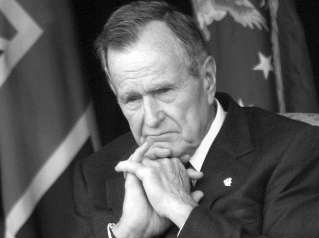 George H. W. Bush /MAX NASH / POOL / POOL /PAP/EPA