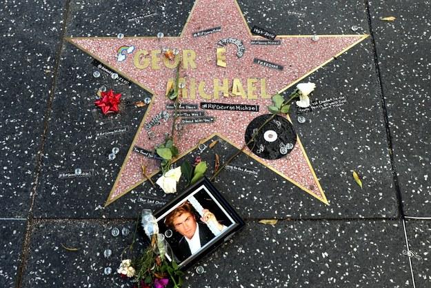 George Michael zmarł 25 grudnia we własnym domu /PAP/EPA/Mike Nelson /PAP/EPA