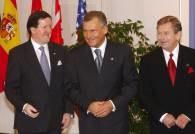 George Robertson, Aleksander Kwaśniewski i Vaclav Havel /RMF24.pl
