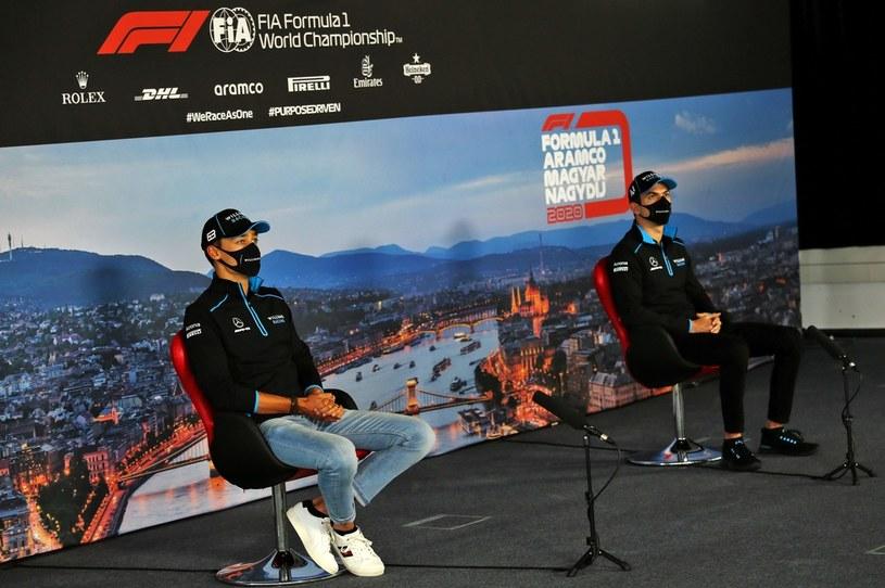 George Russell (z lewej) i Nicholas Latifi /AFP