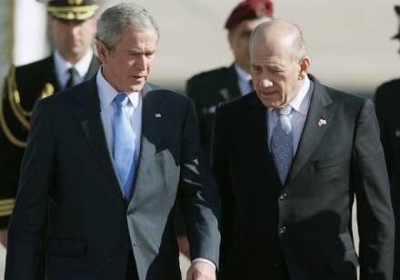 George W. Bush i Ehud Olmert /AFP