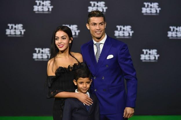 Georgina Rodriguez, Cristiano Ronaldo i Cristiano Junior /AFP