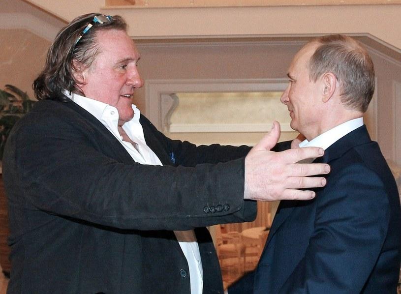 Gerard Depardieu i prezydent Rosji Władimir Putin - przyjacielskie powitanie (2013) /AFP