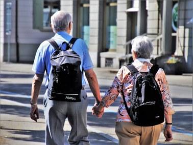 Geriatra: Seniorzy są doświadczeni, nie panikują w związku z koronawirusem
