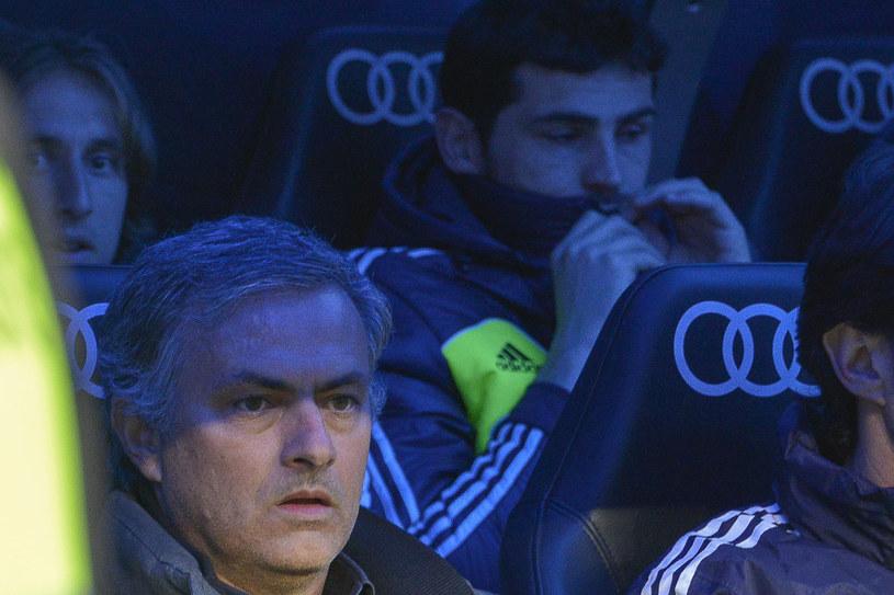 Gęstnieje atmosfera między Jose Mourinhem a Ikerem Casillasem. /AFP