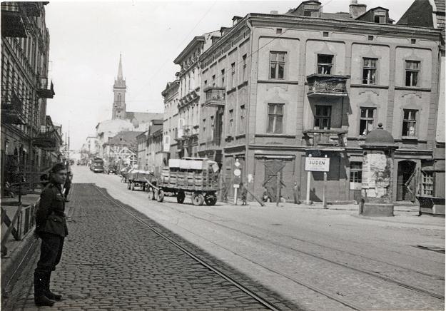 Getto żydowskie w Łodzi. Reprodukcja z archiwum FORUM /Agencja FORUM