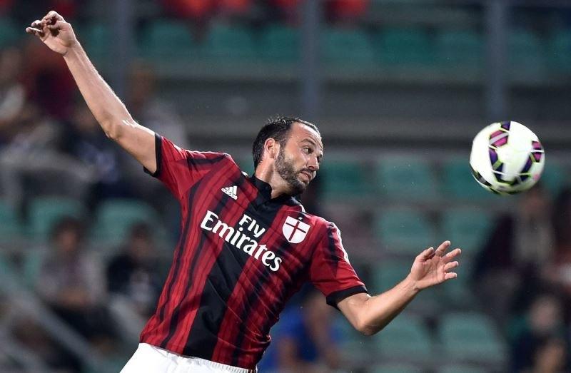 Giampaolo Pazzini, piłkarz Milanu /AFP