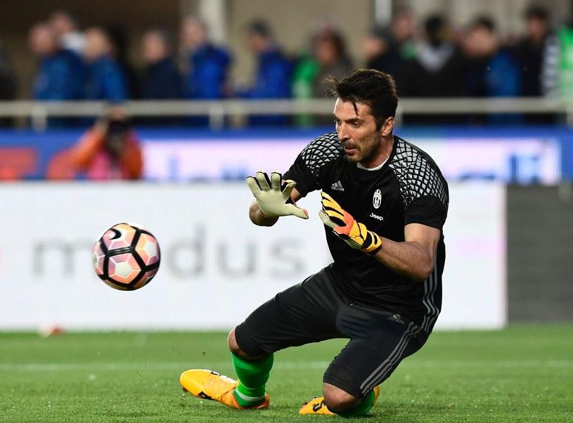 Gianluigi Buffon to najbardziej doświadczony zawodnik Juventusu /AFP