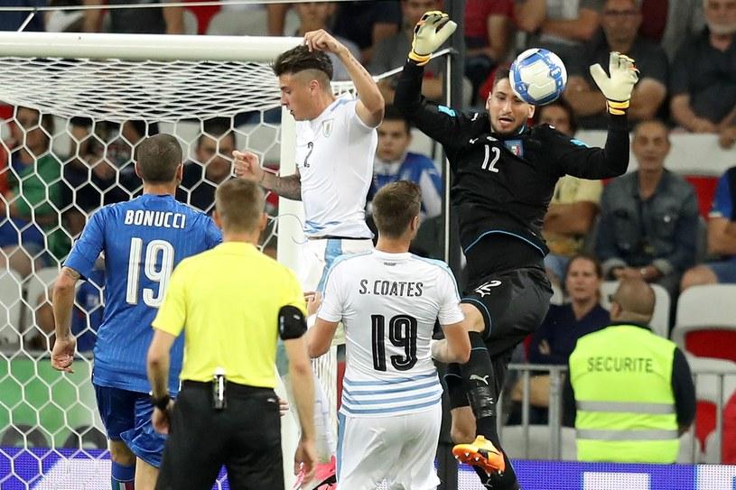 Gianluigi Donnarumma 7 czerwca grał w kadrze A z Urugwajem, a teraz przyjechał do Krakowa na ME U21. /AFP