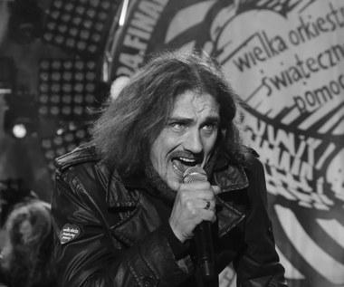 """Gienek Loska nie żyje. Zwycięzca programu """"X Factor"""" miał 45 lat. Kiedy pogrzeb muzyka?"""