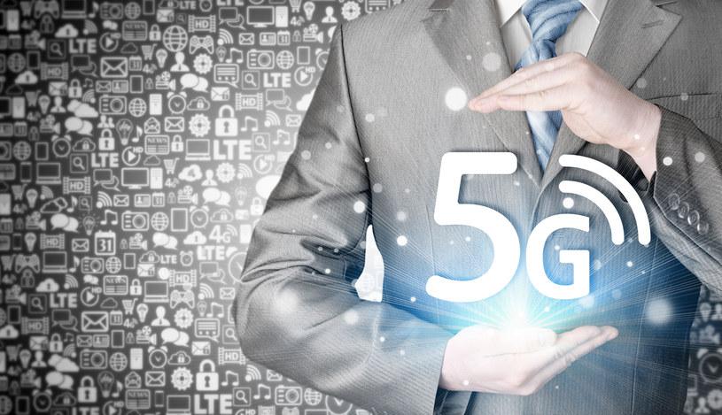 Gigancie telekomunikacji powoli przygotowują się na debiut sieci 5G /123RF/PICSEL