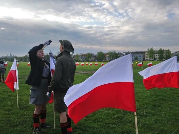 Gigantyczna mapa Polski powstawała kilka godzin...